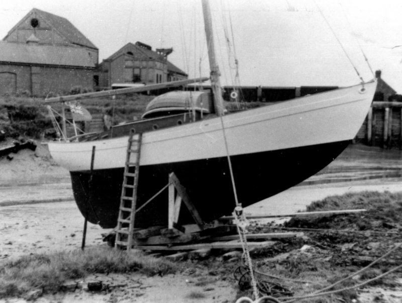 Francolin being launched in 1939.
